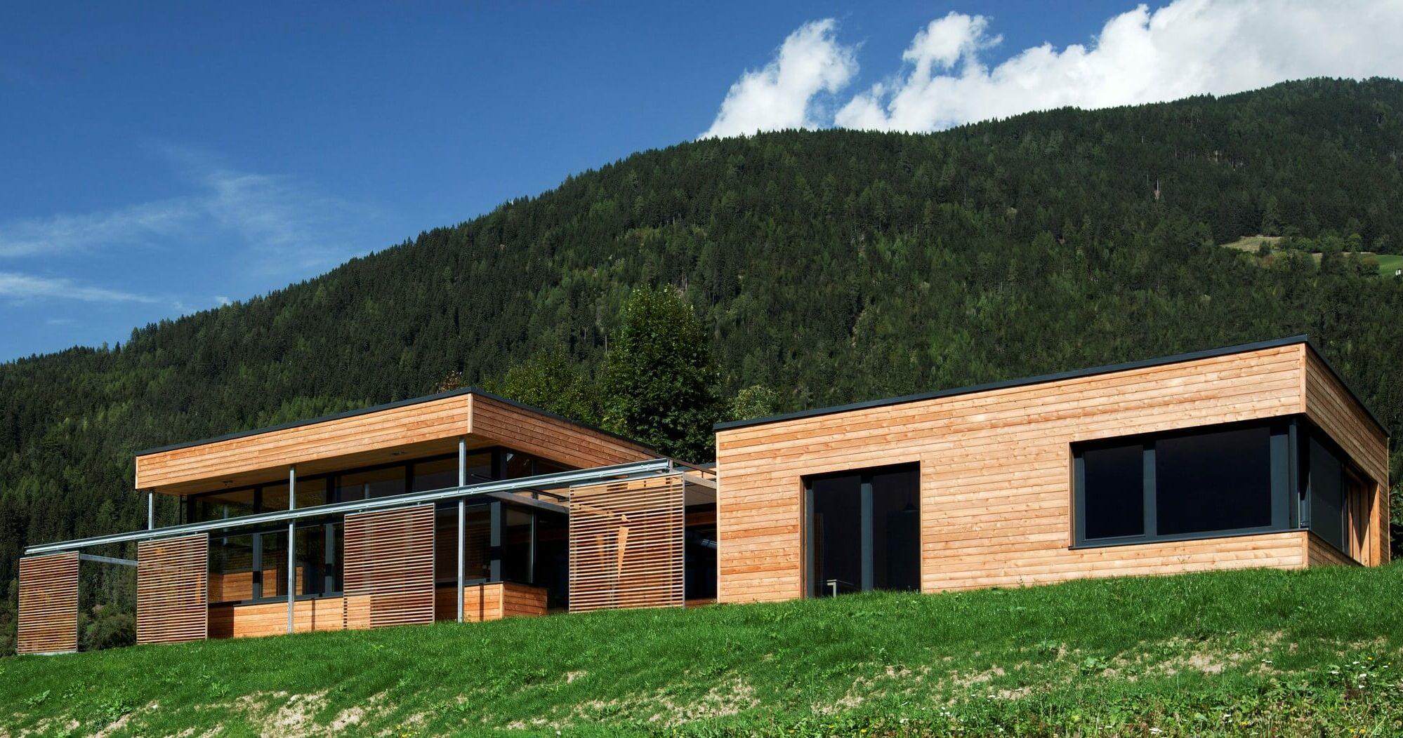 Holzbau-Unterrainer-Bungalow-01-02